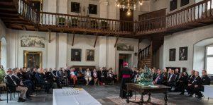 Bild: Begrüssung im Rittersaal durch Bischof Vitus