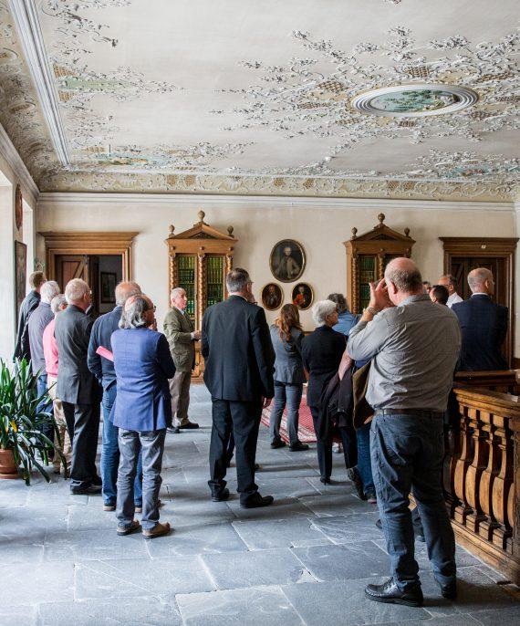 Bild: Besichtigung der historischen Räumlichkeiten
